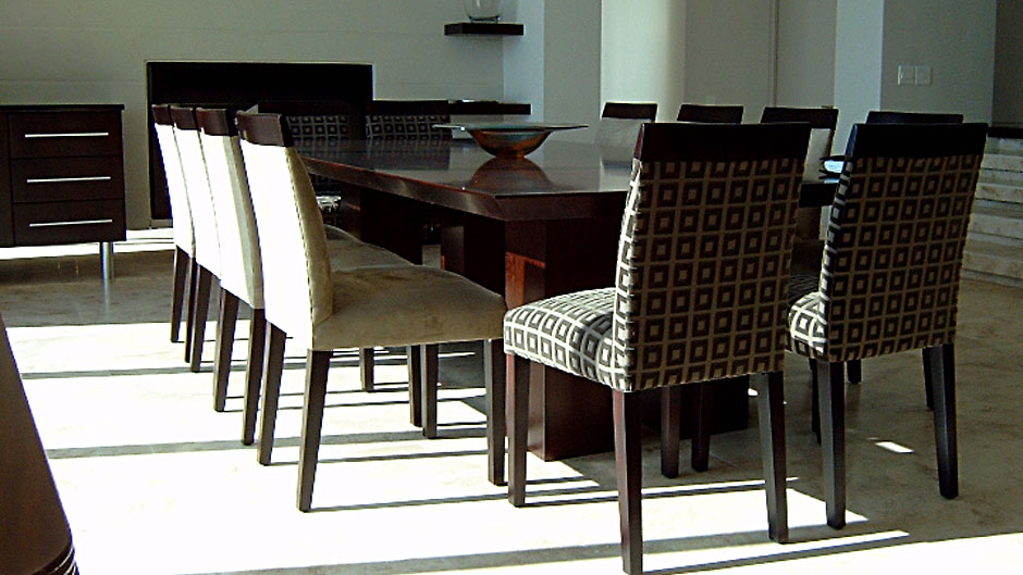 Dining-table-1a