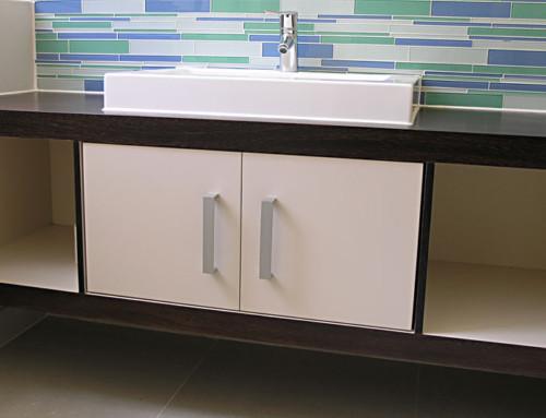 Bathroom-vanity wenge and cream lacquer