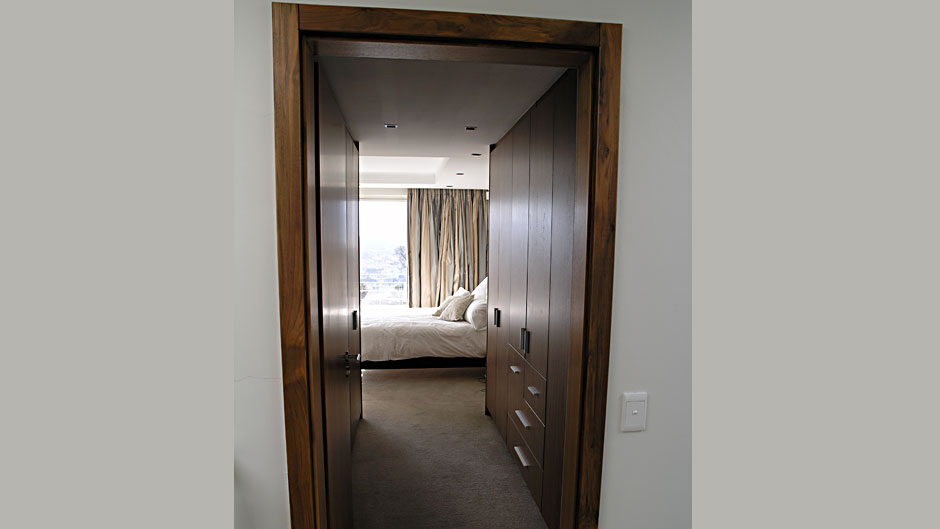 Remarkable Bedroom-cupboards american walnut veneer 940 x 529 · 41 kB · jpeg