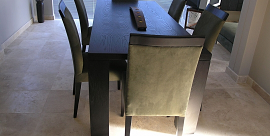dining-table-2a