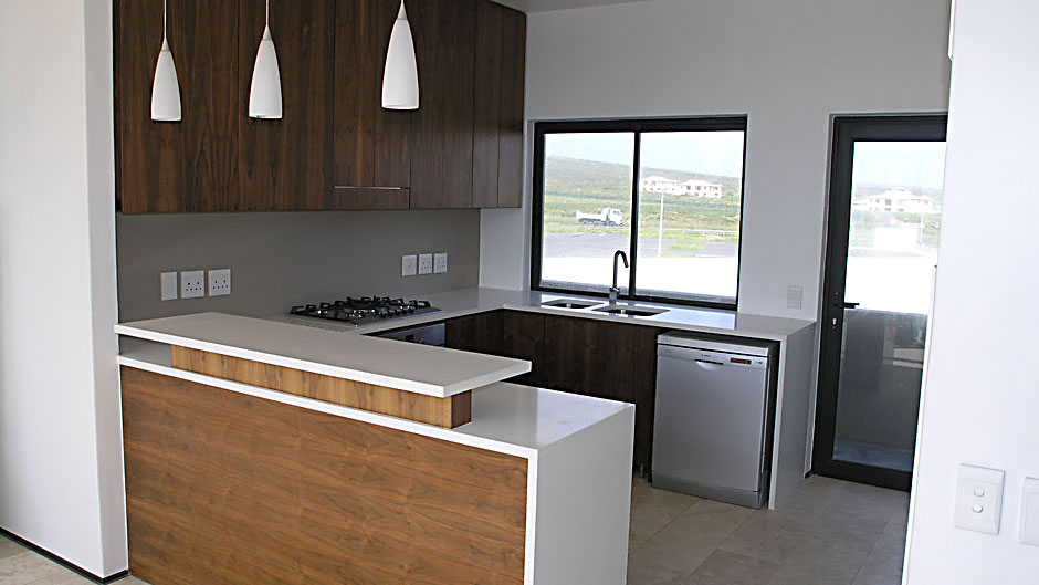 Kitchen American Walnut And White Lacquer Innovative Joinery
